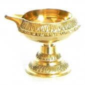 Dhan Kubera Lamp with Stand In Brass